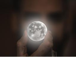 Webinar: Mond in den 12 Tierkreiszeichen