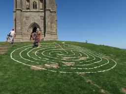 Webinar: Info zur Reise nach Avalon, England, Glastonbury mit Michaela Merten