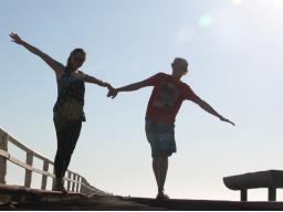 Webinar: Sich selbst sein in der Beziehung > Die Mäntel des selbstverständlichen Freiseins reinigen, wandeln und beschenken dich