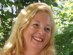 Webinar: Channeling Lady Gaia Shyenna u. Merlin:Magnetisches Licht  der Erfüllung und göttl.-magische Heilung für Dich