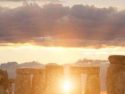 Webinar: Und wieder....: Antworten Deiner Fragen der Gegenwart findest Du in Vergangenheit-sie bestimmen Deine Zukunft