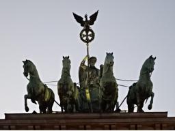 Webinar: Der Krieg in uns - Inkarnationsthemen mit St. Germain