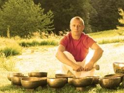"""Webinar: """"Morgen Advents Meditation"""" mit der heilenden Energie des vereinten Bewusstseins"""
