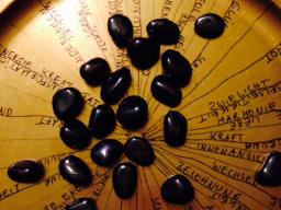 Webinar: Schamanisches Runenorakeln