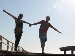 Webinar: Sich selbst sein in der Beziehung > Selbstliebe und geliebt fühlen statt einsam fühlen