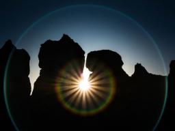 Webinar: :: Großereignis :: 3 Tage Transformation & Erneuerung zum Neumond + zur Sommersonnenwende + Sonnenfinsternis!