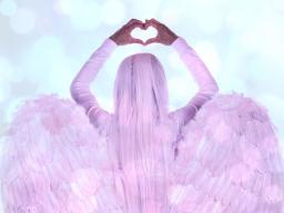 Webinar: Göttlichen Segen für Liebe und Harmonie mit den Engeln