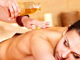 Webinar: Fernkurs*Selbststudium zur Aroma Therapeutin und Wellness Masseurin