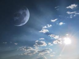 Webinar: Mit Sonne und Mond durch das Jahr