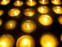 Webinar: DAS LICHT TRAGEN - MÄCHTIGE GEBETE FÜR  VERSTORBENE & STERBENDE / VERLORENE SEELEN-INTERVENTION
